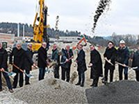 Spatenstich für die neue Berufsschule I am Schulzentrum in Deggendorf